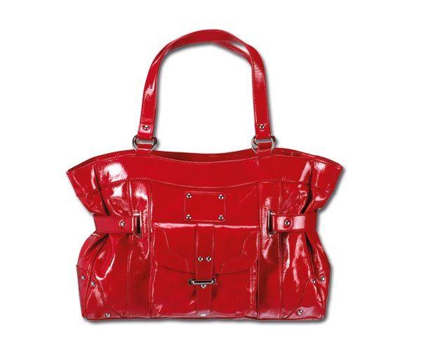 Красный цвет в одежде - сумка