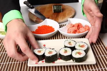 как правильно сварить рис для суши и роллов фото 6