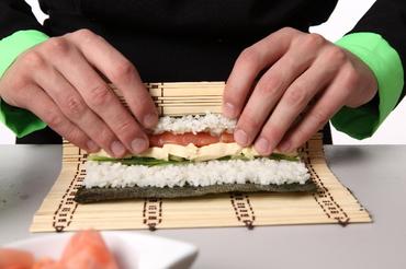 как правильно сварить рис для суши и роллов фото 2