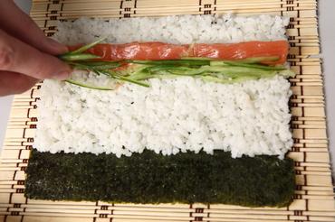 как правильно сварить рис для суши и роллов фото 1