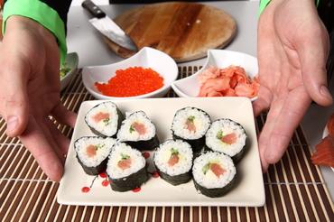 как правильно сварить рис для суши и роллов фото 7