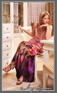 Платья батик.