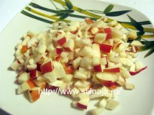 salat-iz-morkovi-i-jabloka-so-smetanoj-5