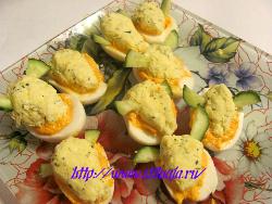 яйца фаршированные сыром и чесноком, пошаговый фото рецепт 5