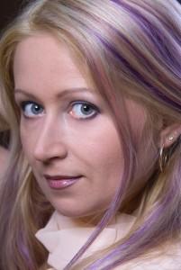 Фиолетовая краска для волос.